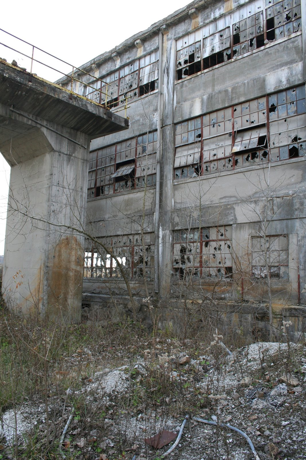 Abandoned Cement Factory : Abandoned cement plant zanesville oh