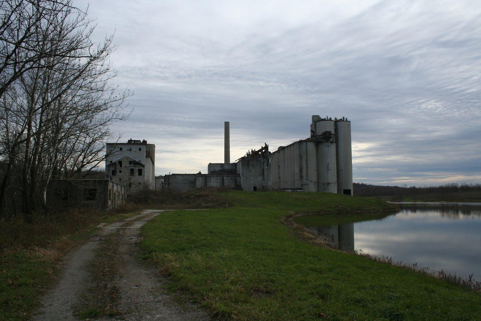Abandoned Cement Plant : Abandoned cement plant zanesville oh
